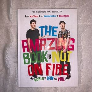 The Amazing Book is Not on Fire - Dan and Phil
